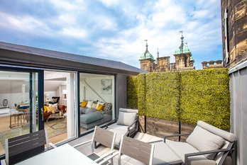 Penthouse Apartment Sold in The Playfair Donaldson's - view 2