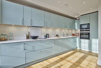 Apartment Reserved in King Edward VII Estate - view 2