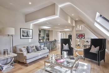 Apartment For Sale in King Edward VII Estate - view 4