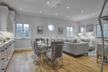 Apartment Reserved in The Mansion at Sundridge Park - view 2